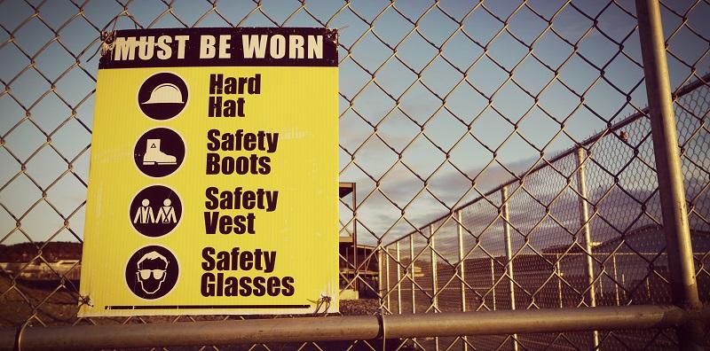Sitio de construcción de señales de seguridad para la salud y la seguridad